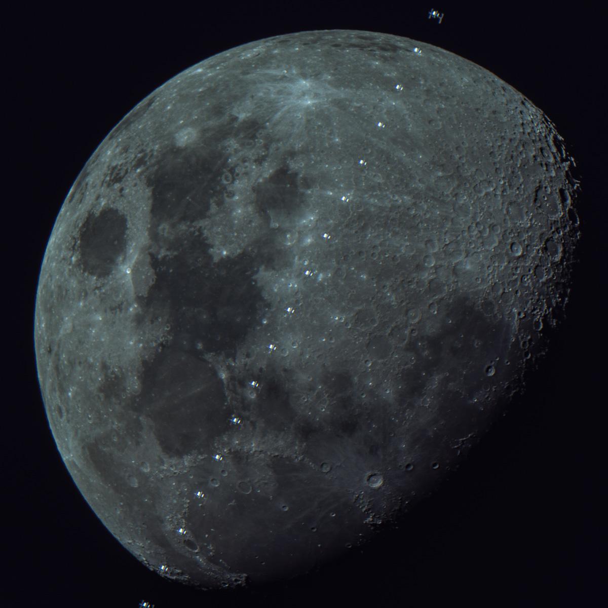 Sat-Moon ISS Robina